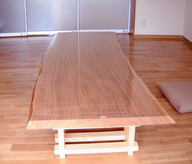 一枚板タモテーブル