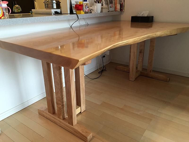 栃の一枚板テーブル用脚