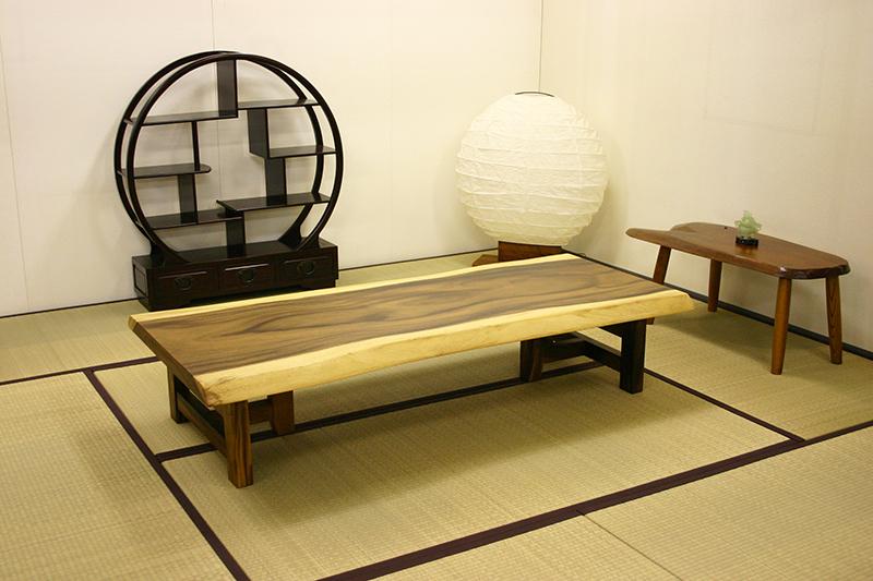 モンキーポッドの座卓