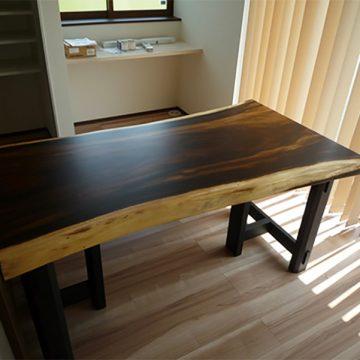 一枚板ダイニングテーブル モンキーポッド材