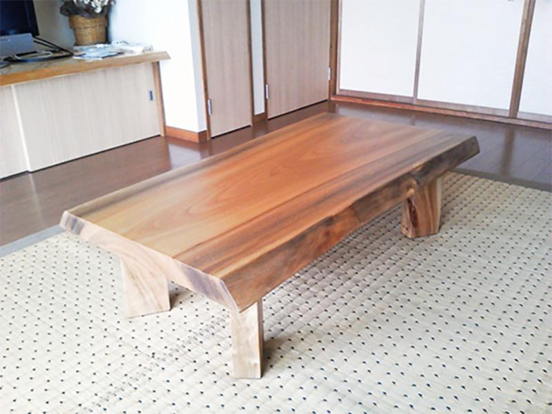 一枚板座卓テーブル 楠
