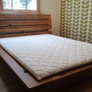 天然木ナラ材のベッド