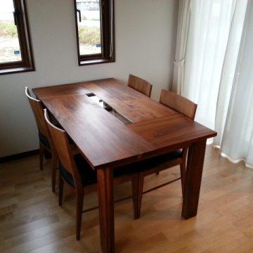 ウォルナット無垢のダイニングテーブルセット