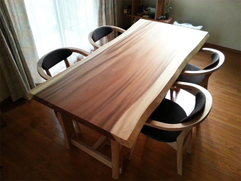 モンキーポッド ダイニングテーブル