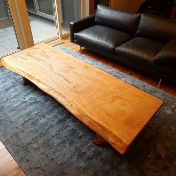 一枚板 栃 リビングテーブル