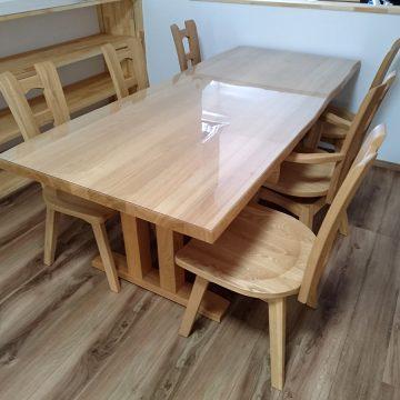 天然木タモ材のダイニングテーブルセット