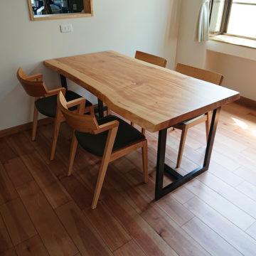 栃の一枚板ダイニングテーブルセット